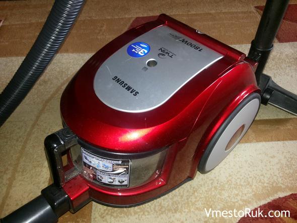 Отзыв Юлии о пылесосе Samsung SC6573.